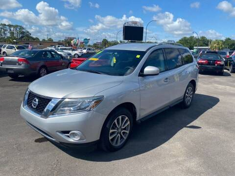 2016 Nissan Pathfinder for sale at Real Car Sales in Orlando FL