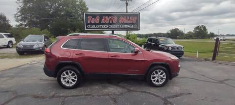 2015 Jeep Cherokee for sale at T & G Auto Sales in Florence AL