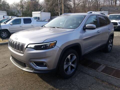 2019 Jeep Cherokee for sale at AMA Auto Sales LLC in Ringwood NJ