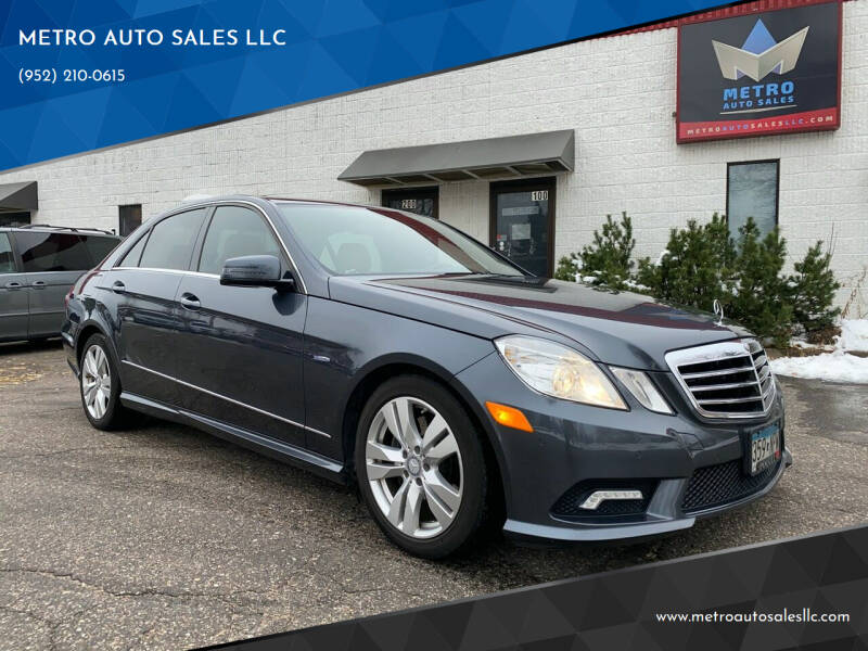 2011 Mercedes-Benz E-Class for sale at METRO AUTO SALES LLC in Blaine MN