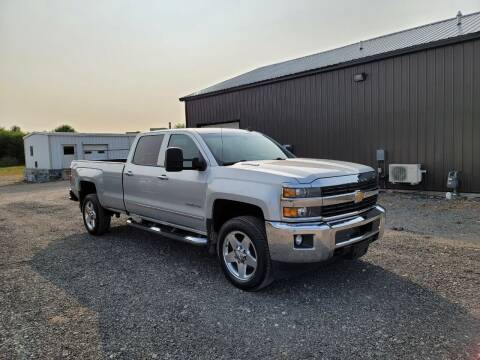 2015 Chevrolet Silverado 2500HD for sale at J & S Auto Sales in Blissfield MI