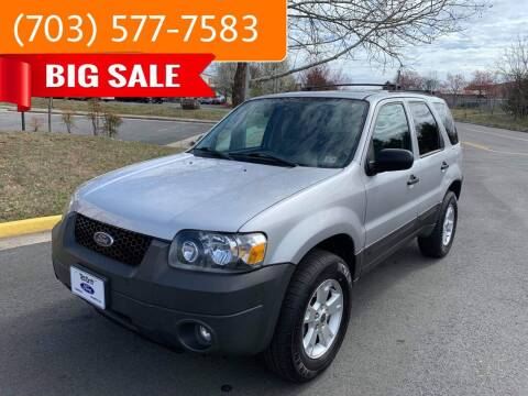 2005 Ford Escape for sale at Dreams Auto Group LLC in Sterling VA