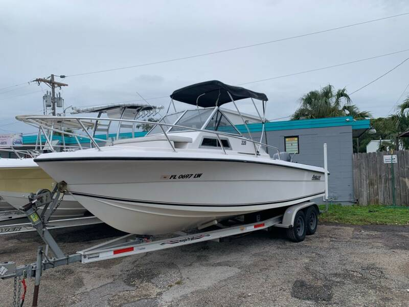 2002 Angler 220WA for sale at EXECUTIVE CAR SALES LLC in North Fort Myers FL