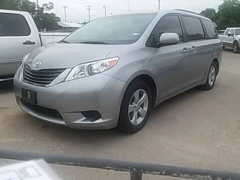2012 Toyota Sienna for sale at Bayer Motor Co in Comanche TX
