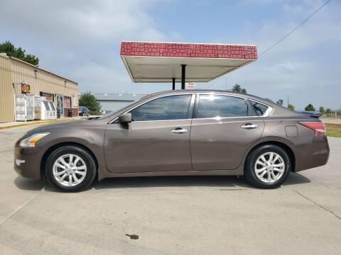 2014 Nissan Altima for sale at Dakota Auto Inc. in Dakota City NE