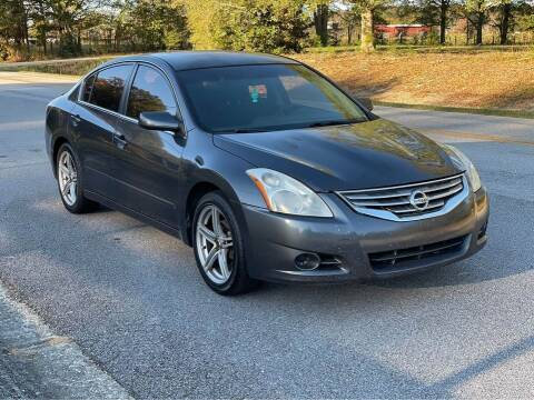 2012 Nissan Altima for sale at Two Brothers Auto Sales in Loganville GA