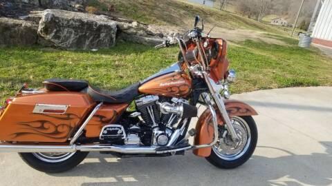 2006 Harley-Davidson FLHRI for sale at HIGHWAY 12 MOTORSPORTS in Nashville TN