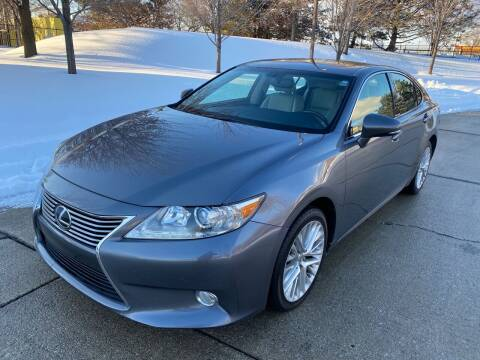 2013 Lexus ES 350 for sale at Western Star Auto Sales in Chicago IL