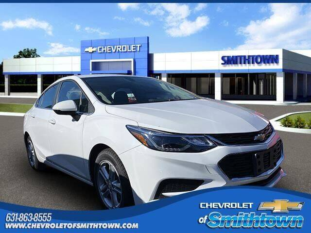2018 Chevrolet Cruze for sale at CHEVROLET OF SMITHTOWN in Saint James NY
