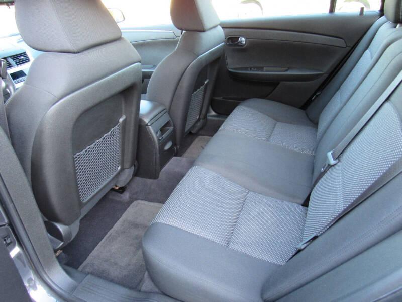 2011 Chevrolet Malibu LT 4dr Sedan w/1LT - Neenah WI