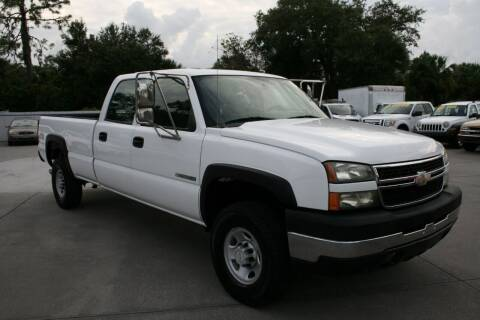 2006 Chevrolet Silverado 2500HD for sale at Mike's Trucks & Cars in Port Orange FL