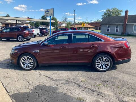 2015 Ford Taurus for sale at Albia Motor Co in Albia IA