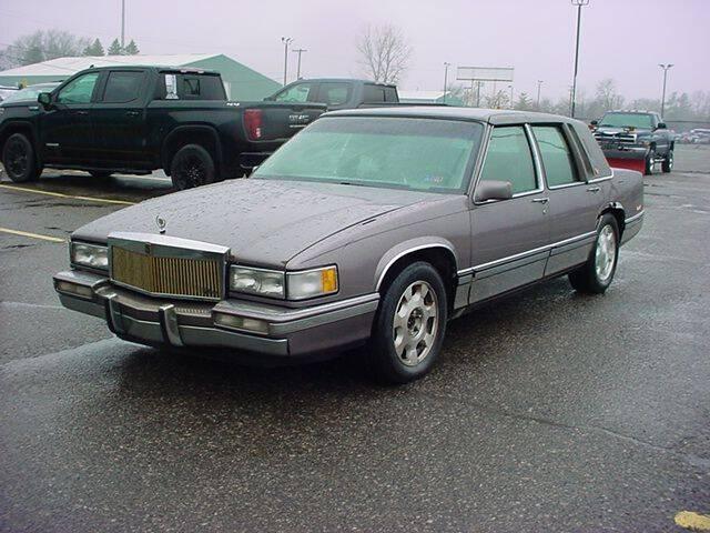 1992 Cadillac DeVille for sale at VOA Auto Sales in Pontiac MI