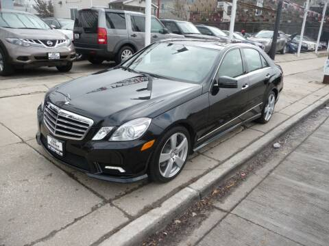 2010 Mercedes-Benz E-Class for sale at CAR CENTER INC in Chicago IL