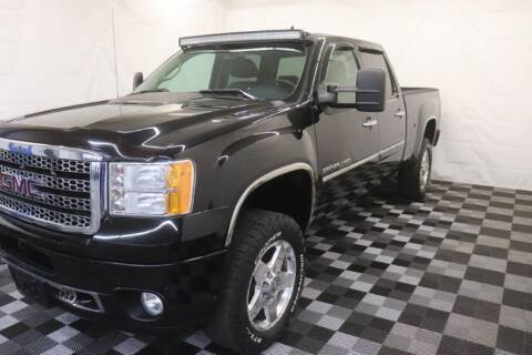 2014 GMC Sierra 2500HD for sale at AH Ride & Pride Auto Group in Akron OH
