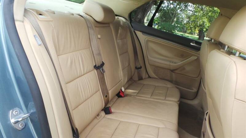 2006 Volkswagen Jetta TDI 4dr Sedan w/Automatic - Fort Myers FL