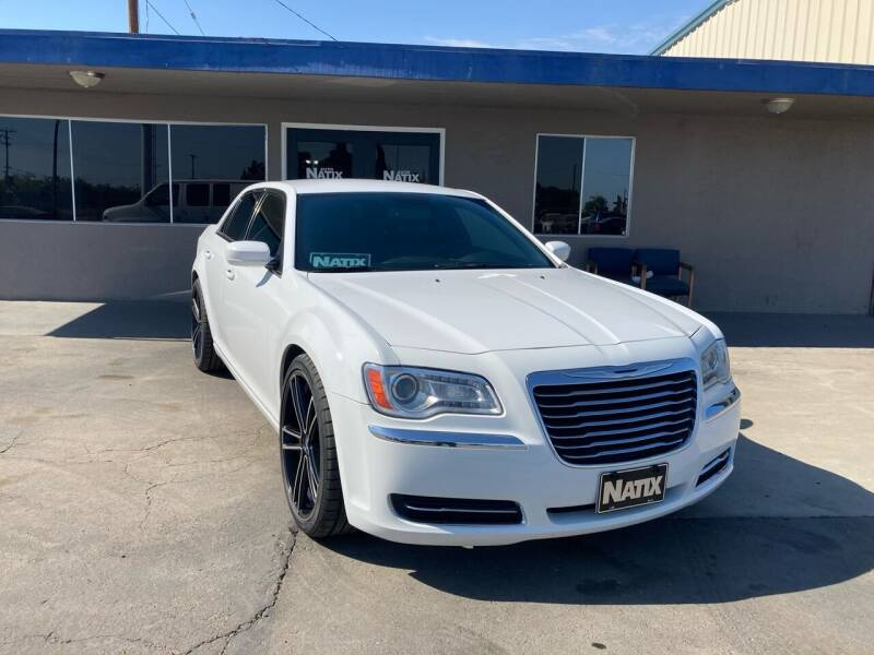 2014 Chrysler 300 for sale at AUTO NATIX in Tulare CA