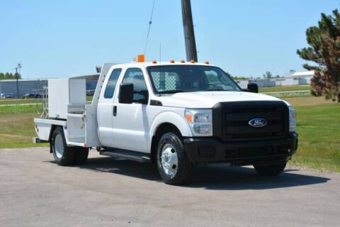 2011 Ford F-350 for sale at Signature Truck Center - Service-Utility Truck in Crystal Lake IL