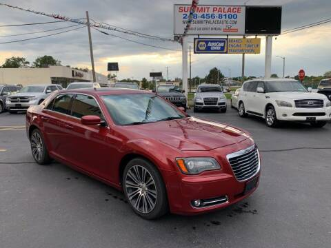 2013 Chrysler 300 for sale at Summit Palace Auto in Waterford MI