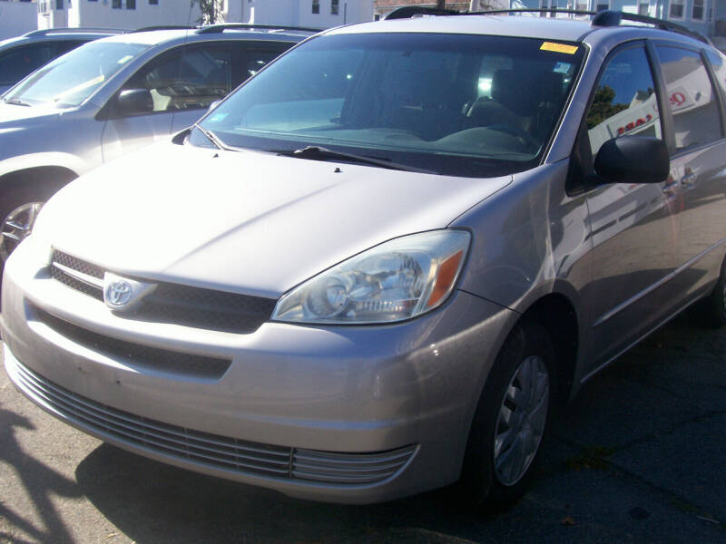 2004 Toyota Sienna for sale at Dambra Auto Sales in Providence RI