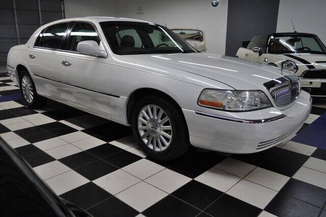 2003 Lincoln Town Car for sale at Podium Auto Sales Inc in Pompano Beach FL