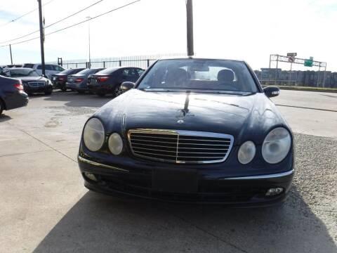 2006 Mercedes-Benz E-Class for sale at N & A Metro Motors in Dallas TX