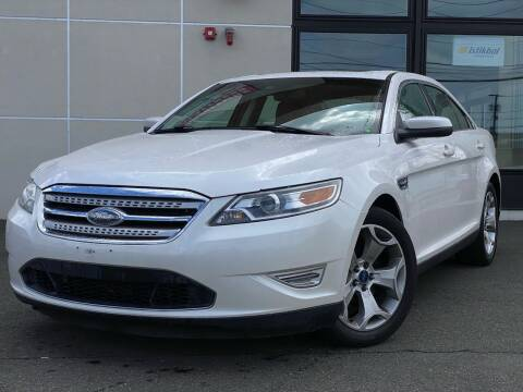 2010 Ford Taurus for sale at MAGIC AUTO SALES in Little Ferry NJ