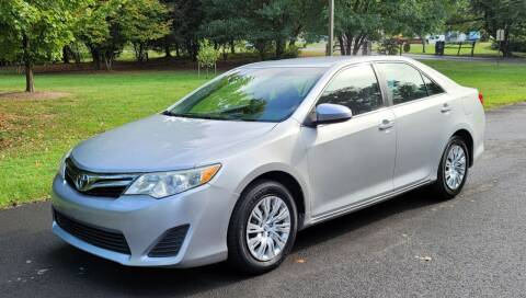 2012 Toyota Camry for sale at Smith's Cars in Elizabethton TN