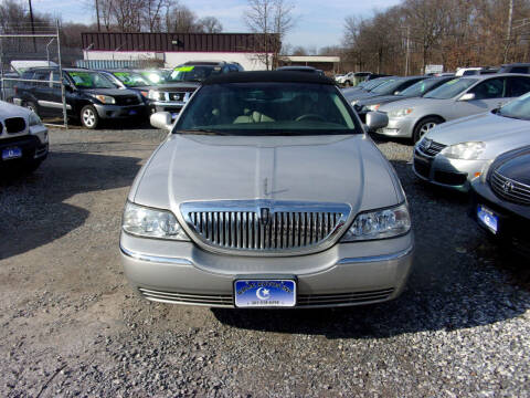 2005 Lincoln Town Car for sale at Balic Autos Inc in Lanham MD