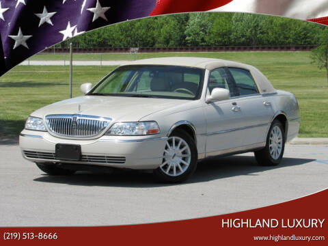 2006 Lincoln Town Car for sale at Highland Luxury in Highland IN