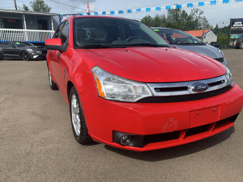 2008 Ford Focus for sale at City Center Cars and Trucks in Roseburg OR