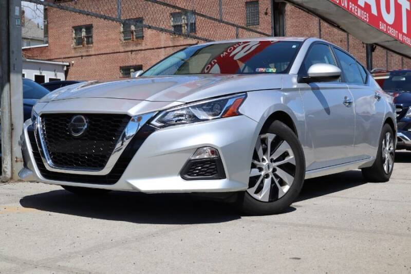 2020 Nissan Altima for sale at HILLSIDE AUTO MALL INC in Jamaica NY