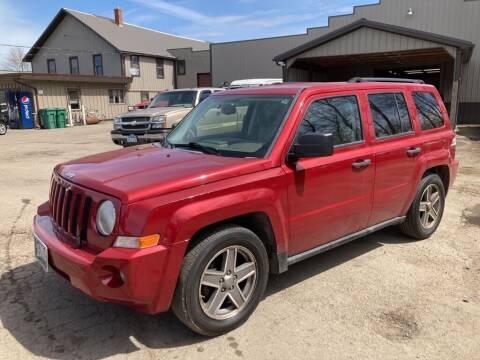 2007 Jeep Patriot for sale at COUNTRYSIDE AUTO INC in Austin MN