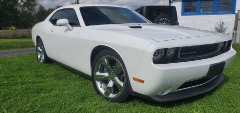 2014 Dodge Challenger for sale at Sinclair Auto Inc. in Pendleton IN