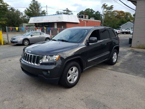 2011 Jeep Grand Cherokee for sale at Topham Automotive Inc. in Middleboro MA