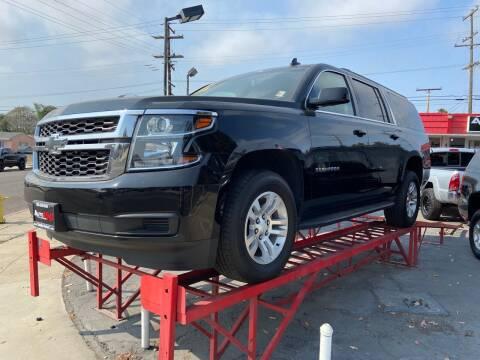 2019 Chevrolet Suburban for sale at Auto Max of Ventura in Ventura CA