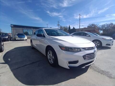 2018 Chevrolet Malibu for sale at Showroom Auto Sales of Charleston in Charleston SC