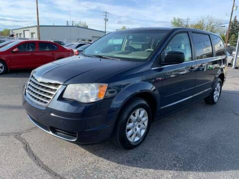 2009 Chrysler Town and Country for sale at RABI AUTO SALES LLC in Garden City ID
