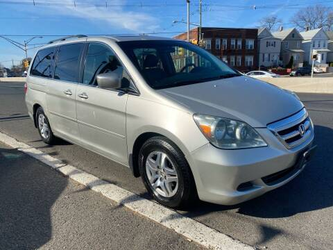 2005 Honda Odyssey for sale at G1 AUTO SALES II in Elizabeth NJ