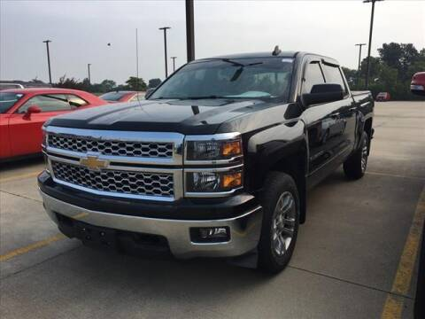 2015 Chevrolet Silverado 1500 for sale at LANDMARK OF TAYLORVILLE in Taylorville IL