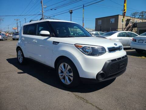 2015 Kia Soul for sale at Universal Auto Sales in Salem OR