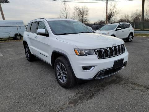 2018 Jeep Grand Cherokee for sale at AW Auto & Truck Wholesalers  Inc. in Hasbrouck Heights NJ