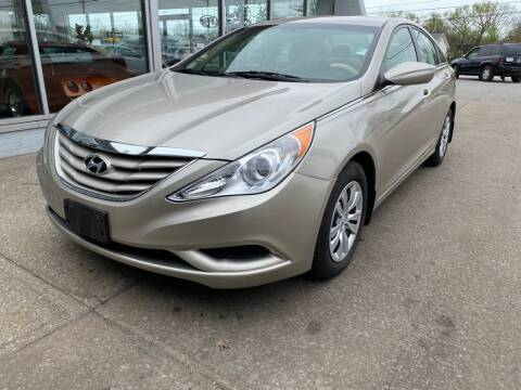 2011 Hyundai Sonata for sale at Lakeshore Auto Wholesalers in Amherst OH