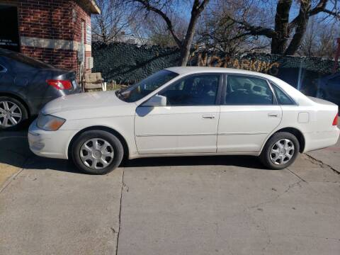 2001 Toyota Avalon for sale at El Jasho Motors in Grand Prairie TX