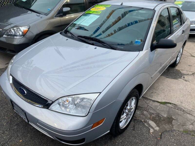 2007 Ford Focus for sale at Middle Village Motors in Middle Village NY