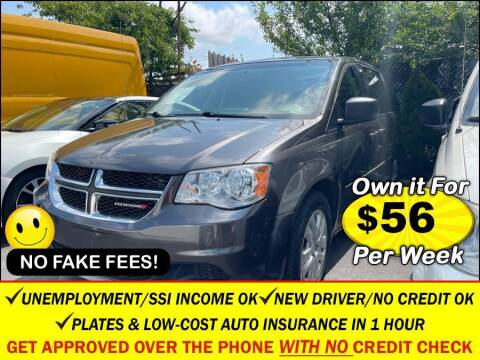 2016 Dodge Grand Caravan for sale at AUTOFYND in Elmont NY