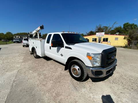 2014 Ford F-350 Super Duty for sale at RODRIGUEZ MOTORS CO. in Houston TX