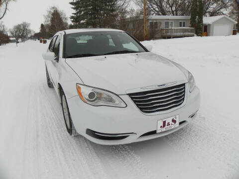 2013 Chrysler 200 for sale at J & S Auto Sales in Thompson ND