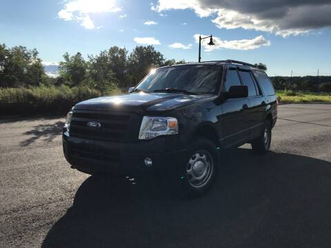 2014 Ford Expedition for sale at CLIFTON COLFAX AUTO MALL in Clifton NJ