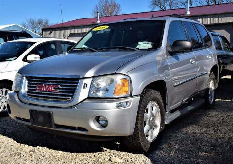 2006 GMC Envoy for sale at PINNACLE ROAD AUTOMOTIVE LLC in Moraine OH